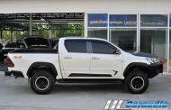 Toyota Revo + V-Dupont Film