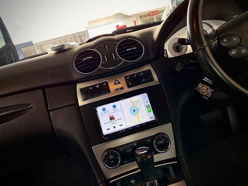 Benz W203 + Kenwood DDX 8020s