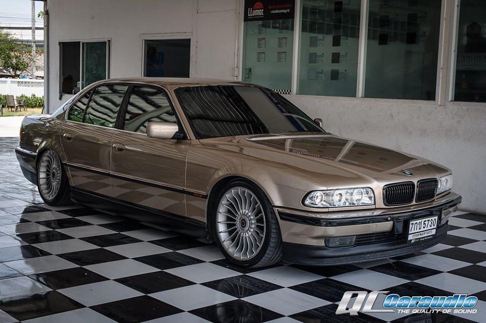 BMW E38 Apina กับชุดเครื่องเสียงลำโพงซับ 2 ดอก