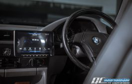 BMW E39  + Alpine Halo 9