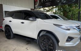 Toyota Fortuner TRD for Android 9